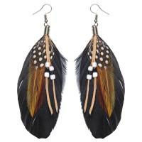 Indianen oorbellen met veren en kralen