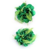 Haarbloem/broche met veertjes groen