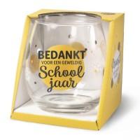 Wijn-gin-waterglas Schooljaar Proost !