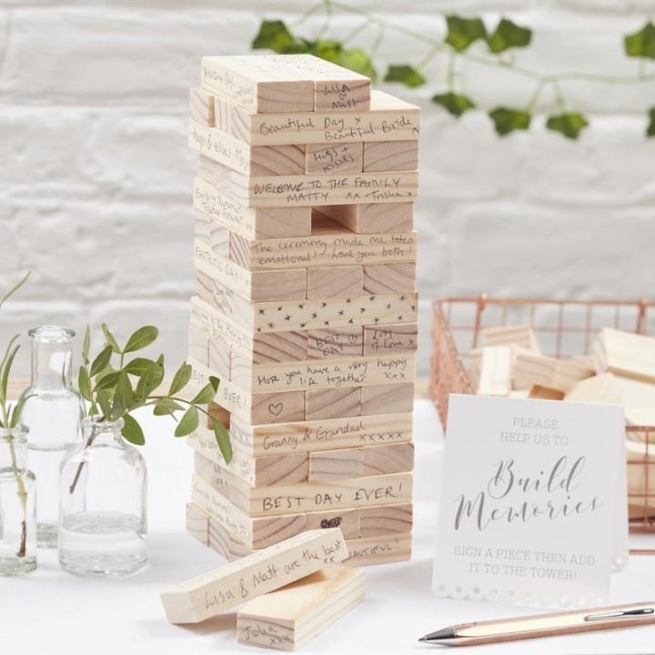 Alternatief gastenboek bruiloft jenga blokken