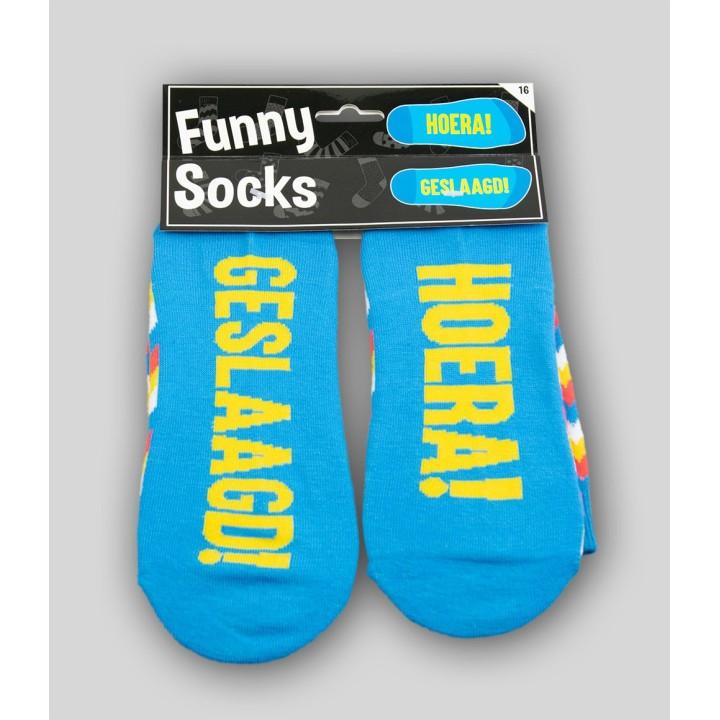 """Grappige sokken met tekst """"geslaagd"""""""